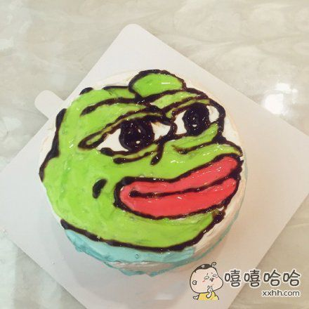 生日收到这个蛋糕我心里也是哔了狗了