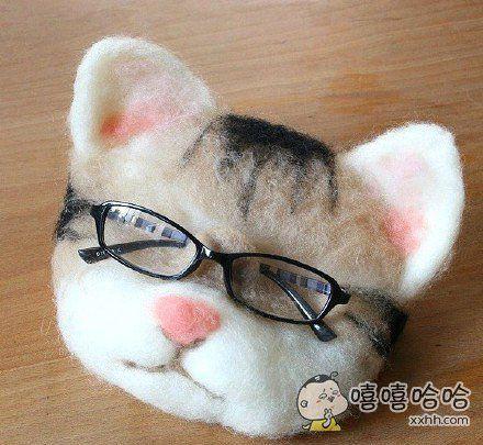 这个眼镜托也太好玩了吧哈哈哈