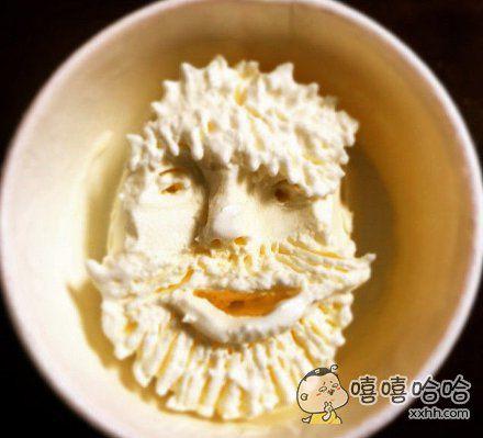 吃冰淇淋还能吃出花样!
