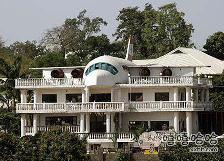 住在这里的人是不是做梦都想开飞机