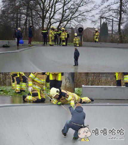 俄罗斯一男子给消防队打电话说自己被困在地下一个深坑内,爬不上来了。。。。。。