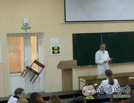国外医学院的一堂生理解剖课