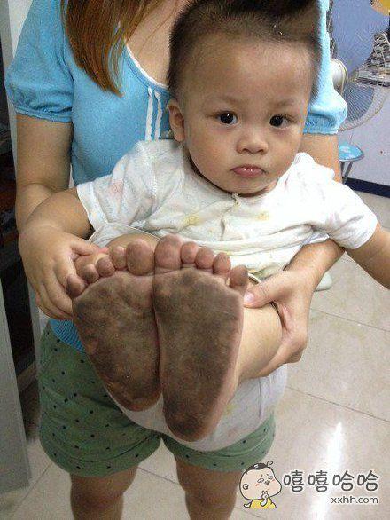 妈蛋,这样的地板还要我们脱鞋?