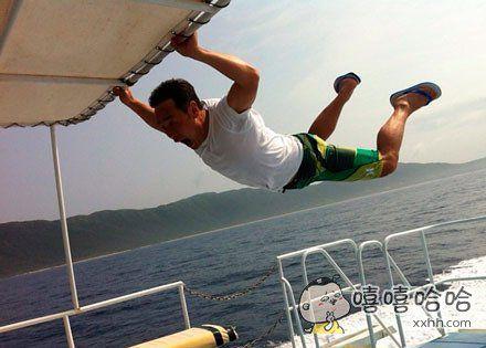 救命啊!我飞起来啦!