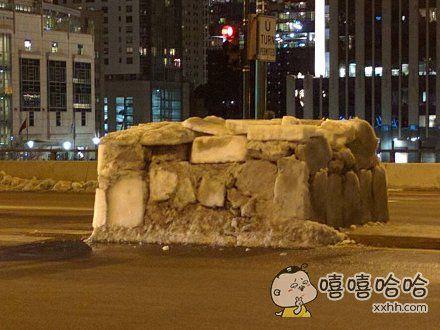 芝加哥街头流浪汉建的冰屋