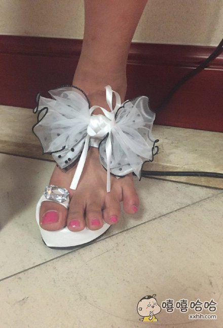 一枚倔强的脚趾