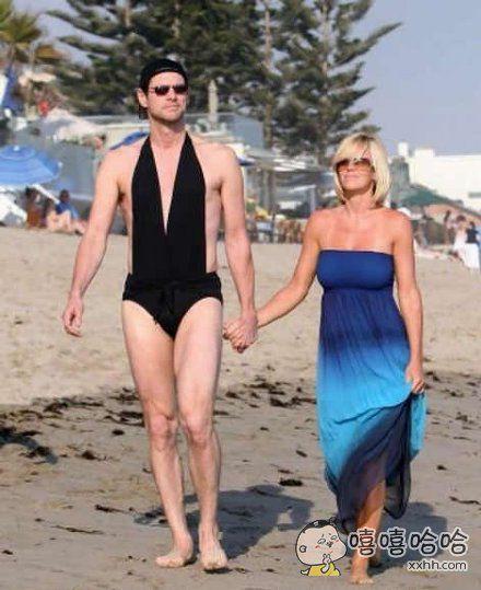 出门忘记带泳裤了,暂时借老婆的用下