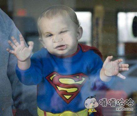 超人也囧了