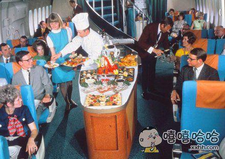 鲑鱼龙虾鱼子酱,50年前的良心飞机餐长这样