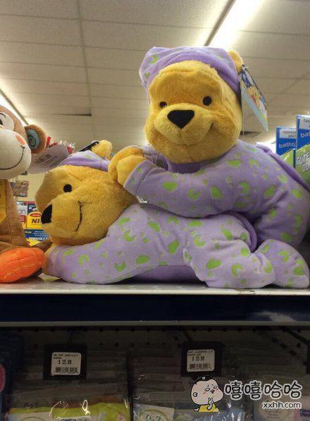 两只维尼熊在不可描述。。。