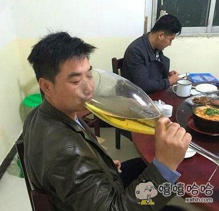 哥喝的不是酒是寂寞