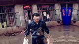 笑尿!杜海涛改行卖猪肉了