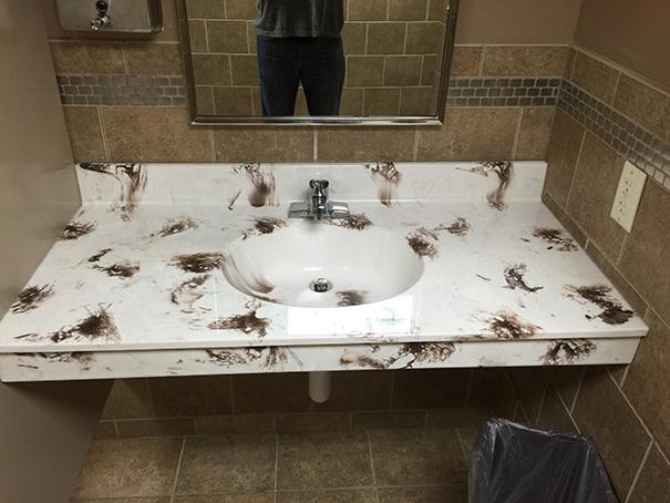 把洗手台设计成这样是要闹哪样