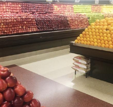 Tumblr上的一位外国网友表示,每次来到这个超市,都感觉正能量满满,可以神清气爽一整天!!!