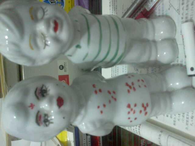 家中老古董 对瓷娃娃改良版 般配吗?