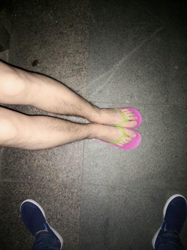 跟男朋友换鞋穿之后,那画面太美,我不敢看……