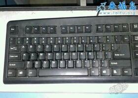 买了个新键盘,总觉得哪里不对劲