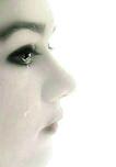 她离开我时,给我这样的眼神,现在回忆起来还好伤心啊!!!(其实我也是舍不得你的,只是你不知道罢了)