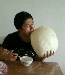妈妈说,我吃饭只能吃一个馒头