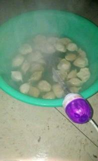 寝室里煮饺子吃!!!
