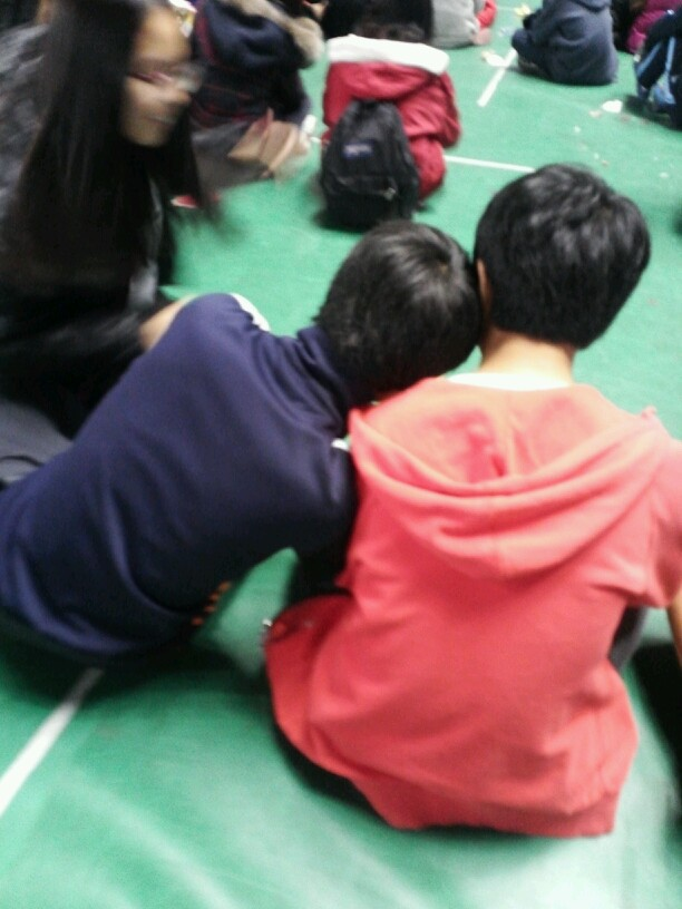 班里同学。。好有爱啊@ω@