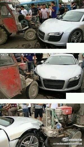 40万和1万的车相撞竟是这结果............国产车毫发无损!!!