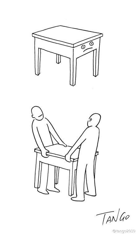 桌子觉得搬桌子是一生中最没有尊严的时候。。。(tango2010)