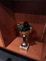 看见没,矿业学院的奖杯就是特别。。。。新人求过