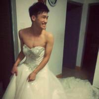 想有个男闺蜜,在我结婚时穿成这样参加我的婚礼。。