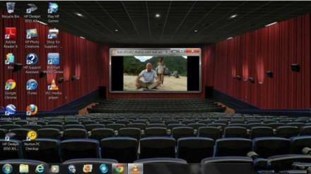 在家营造了电影院的氛围!