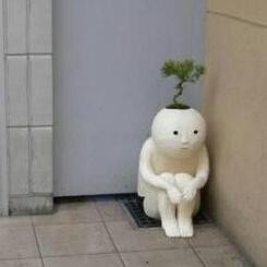 蹲在角落又孤独又寂寞,有木有 求安慰撒~