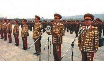 一大块磁铁就可以击败所有朝鲜的军官
