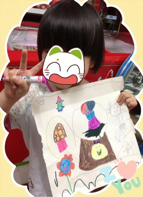 妹妹今年四岁,超级热爱画画