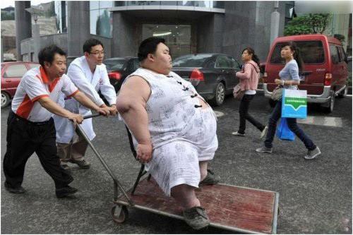 胖到无法去医院