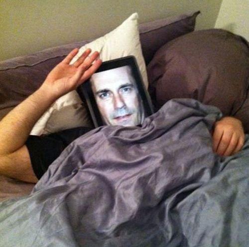 只能这样女友才肯搂着我睡