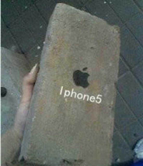新买的iPhone5老板说像素好!想拍谁就拍谁!