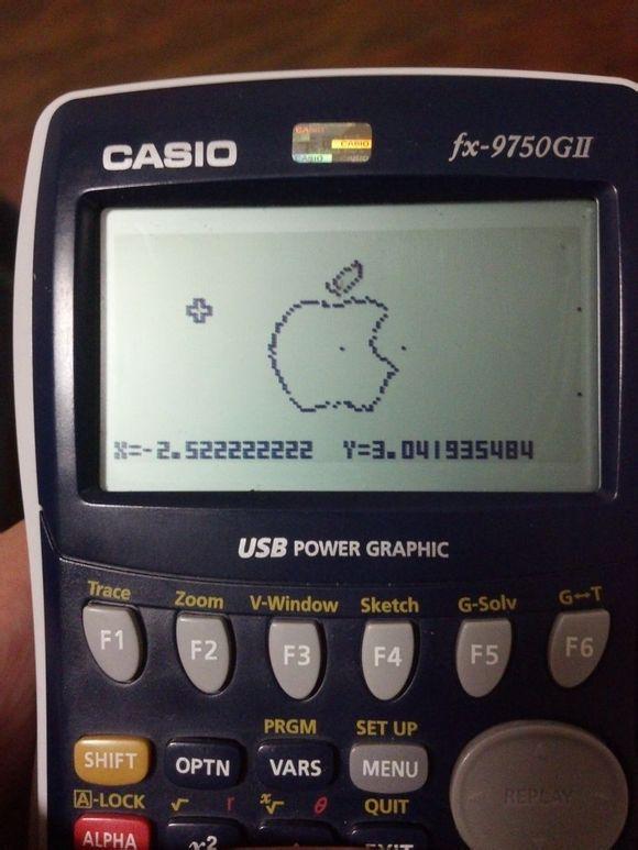 乔布斯生日快乐!看我用计算器画出的苹果LOGO! by @ZRZRV5