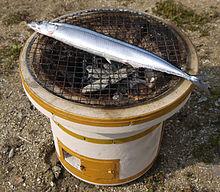 日本一网友买煤炭自杀,又因为便宜把秋刀鱼也买了,瞬间又觉得生活美好了。PS:吃货果然是最坚强的。~