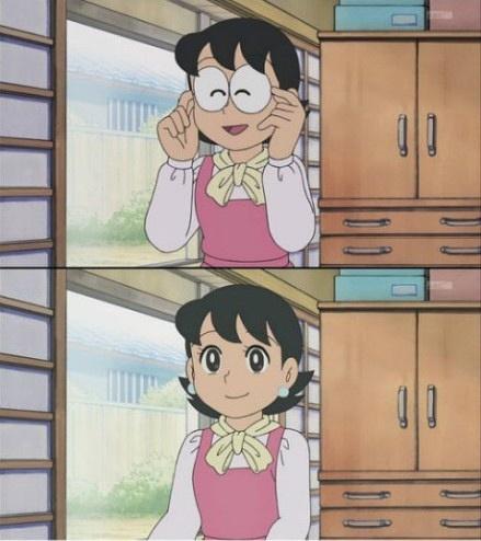 我现在才知道,原来大雄的妈妈摘下眼镜是个大美女。。。。。。