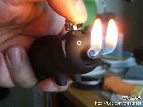 莫名喜感!!!!!小猪打火机没见过的点个顶 ~~~