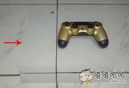 我的PS4不知道放哪儿了,只剩手柄。。