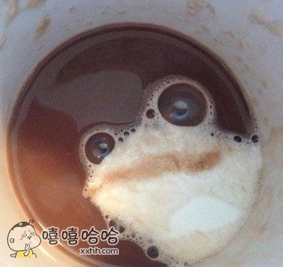冲咖啡冲出只青蛙来
