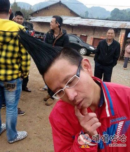 二货大叔的奇葩发型