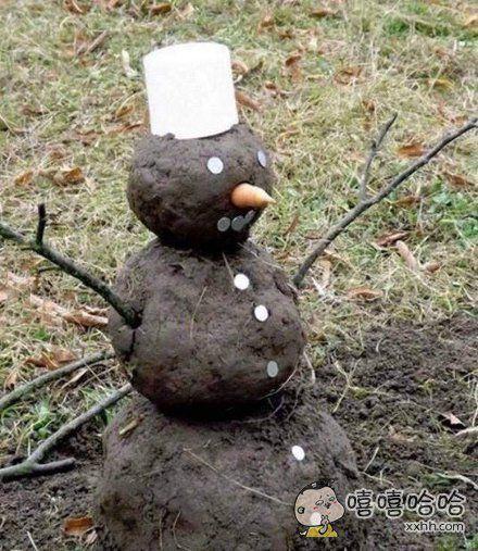 冬天玩雪人,夏天。。。玩土人