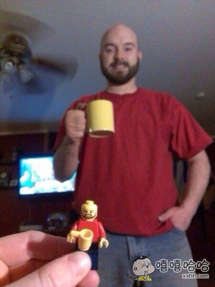 买了个小玩具回家发现竟然和老公很像。。。
