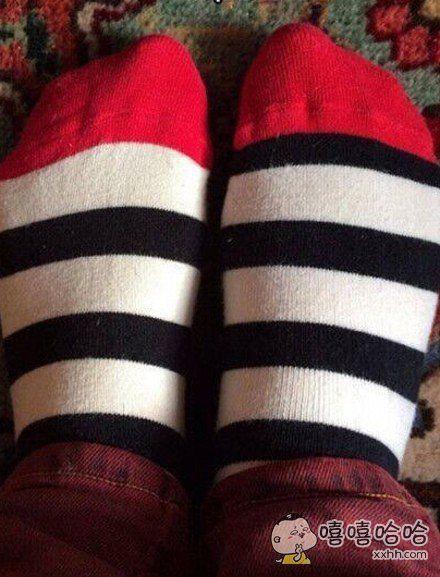 买了双袜子,这是要逼死强迫症啊
