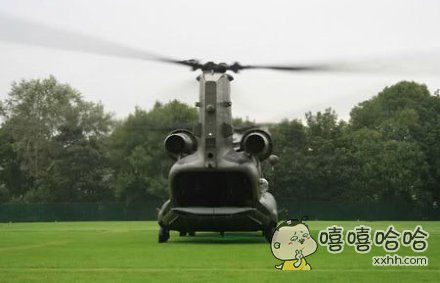 这个直升机有点萌。。。