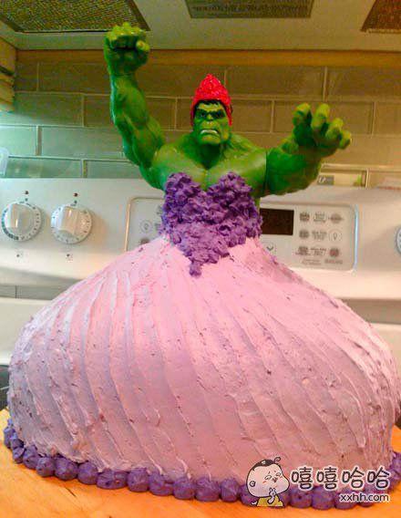 女儿生日时想要一个绿巨人的公主蛋糕