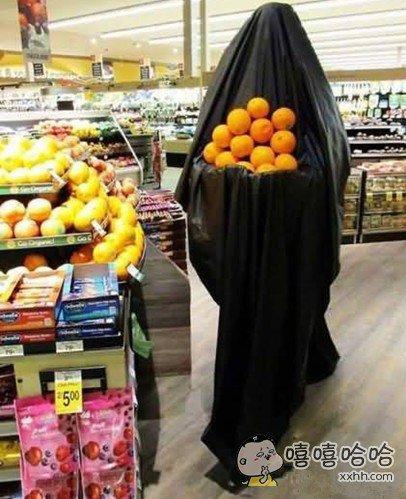 一抬头以为遇到了捧着橙子的穆斯林妹纸