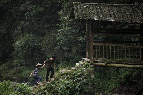 深圳/1980年代的爱情剧照